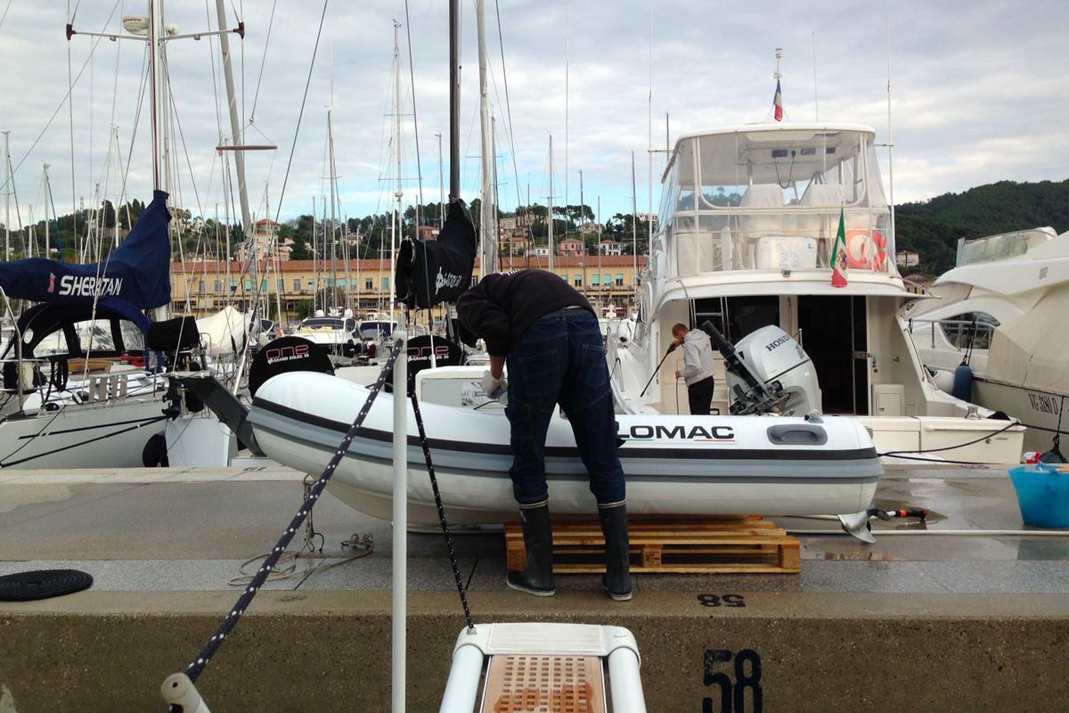 lavaggi pulizie yacht, barca, barca a vela La Spezia, 5 Terre - La Spezia Yachting Service