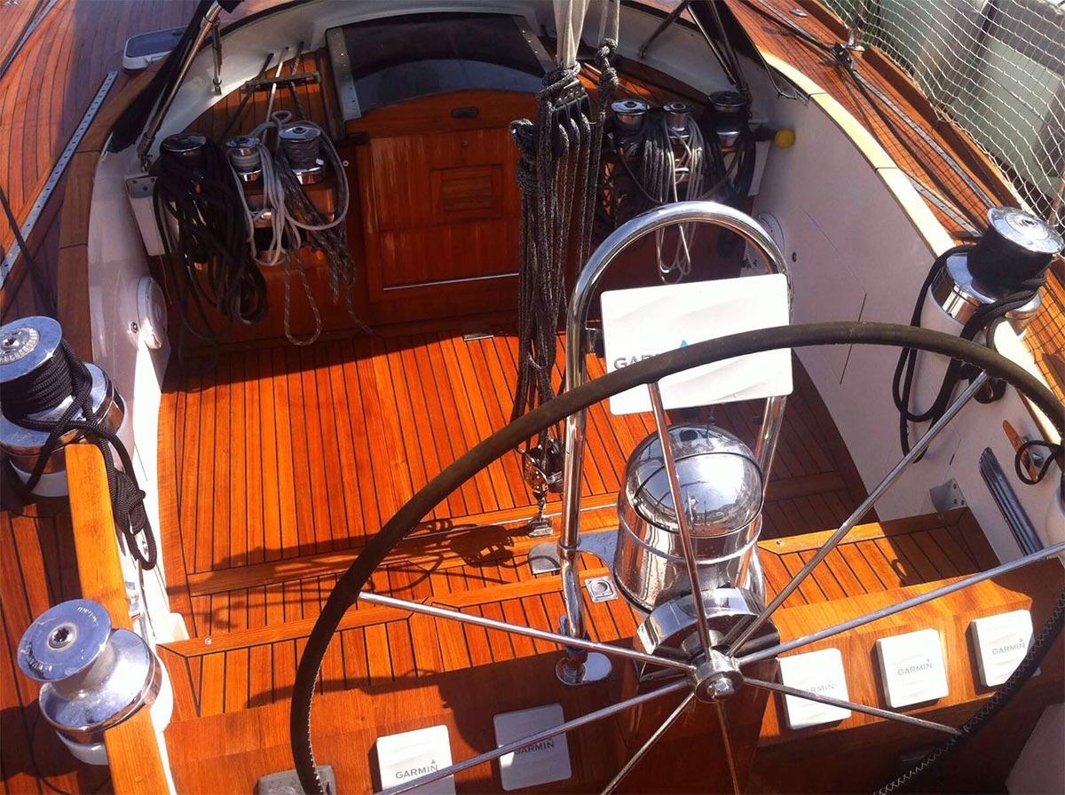 pulizie e lavaggi yacht - La Spezia Yachting Service