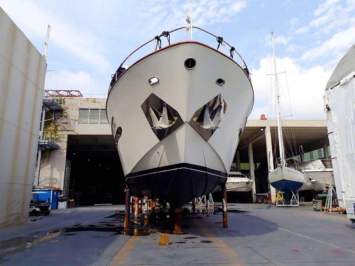 rimessaggio barche a vela 5 Terre - La Spezia Yachting Service